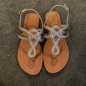 Great Condition Sandals!